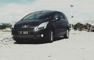 2014 Peugeot 5008 1.6 eHDI Active