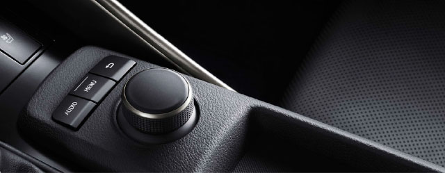 13-03-24-lexus-display-audio-controller-thumb