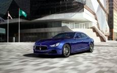 Maserati-Ghibli_2014_1280x960_wallpaper_10