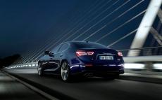 Maserati-Ghibli_2014_1280x960_wallpaper_46