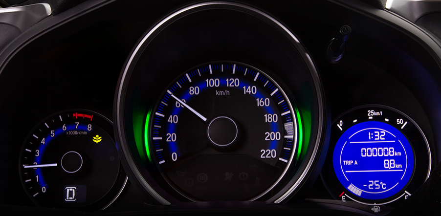 10-honda-jazz-speedometer