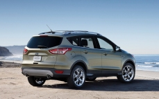 Ford-Escape_2013_1280x960_wallpaper_35