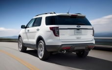 Ford-Explorer_Sport_2013_1280x960_wallpaper_0a