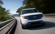 Ford-Explorer_Sport_2013_1280x960_wallpaper_0f