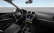 Volkswagen-Polo_2014_1280x960_wallpaper_2f