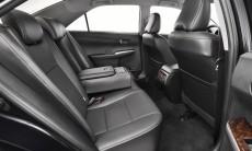 2015-Toyota-Camry-38