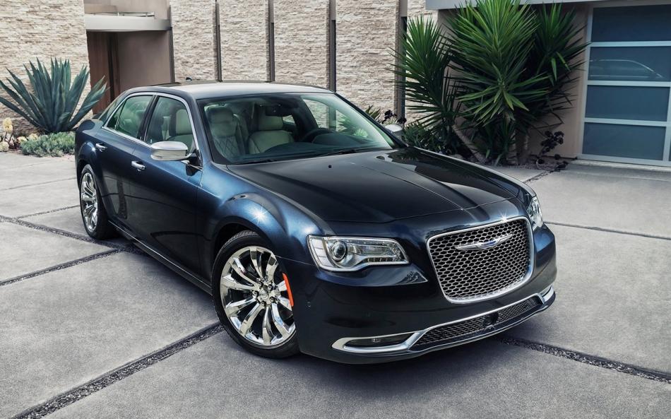 Chrysler-300_2015_1600x1200_wallpaper_04