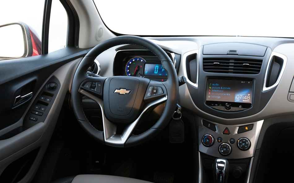 Chevrolet-Trax_2014_1600x1200_wallpaper_11