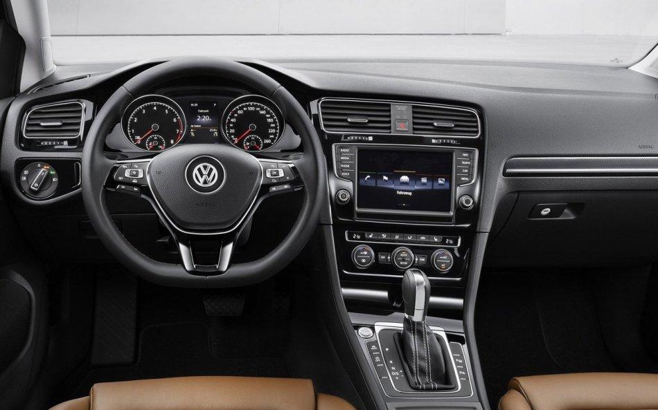 Volkswagen-Golf-2013-1280-36