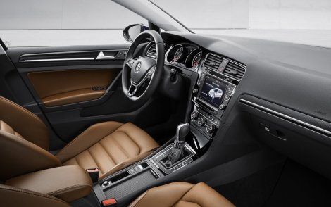 Volkswagen-Golf-2013-1280-3c