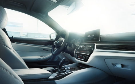 BMW-5series-sedan-imagesandvideos-1920x1200-11