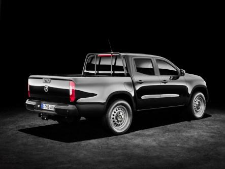Mercedes-X-Class-93