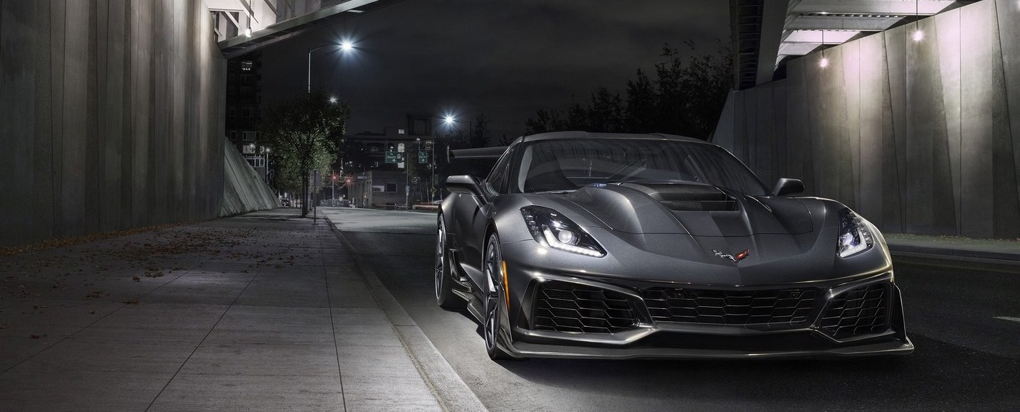 the 2019 chevrolet corvette zr1 has 755 hp 338 kph top speed go flat out. Black Bedroom Furniture Sets. Home Design Ideas