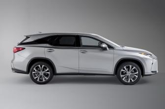 2019-Lexus-RXL-2