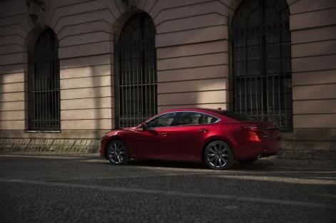2019-Mazda6-9