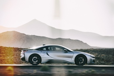 2019-BMW-i8-Roadster-Coupe-78