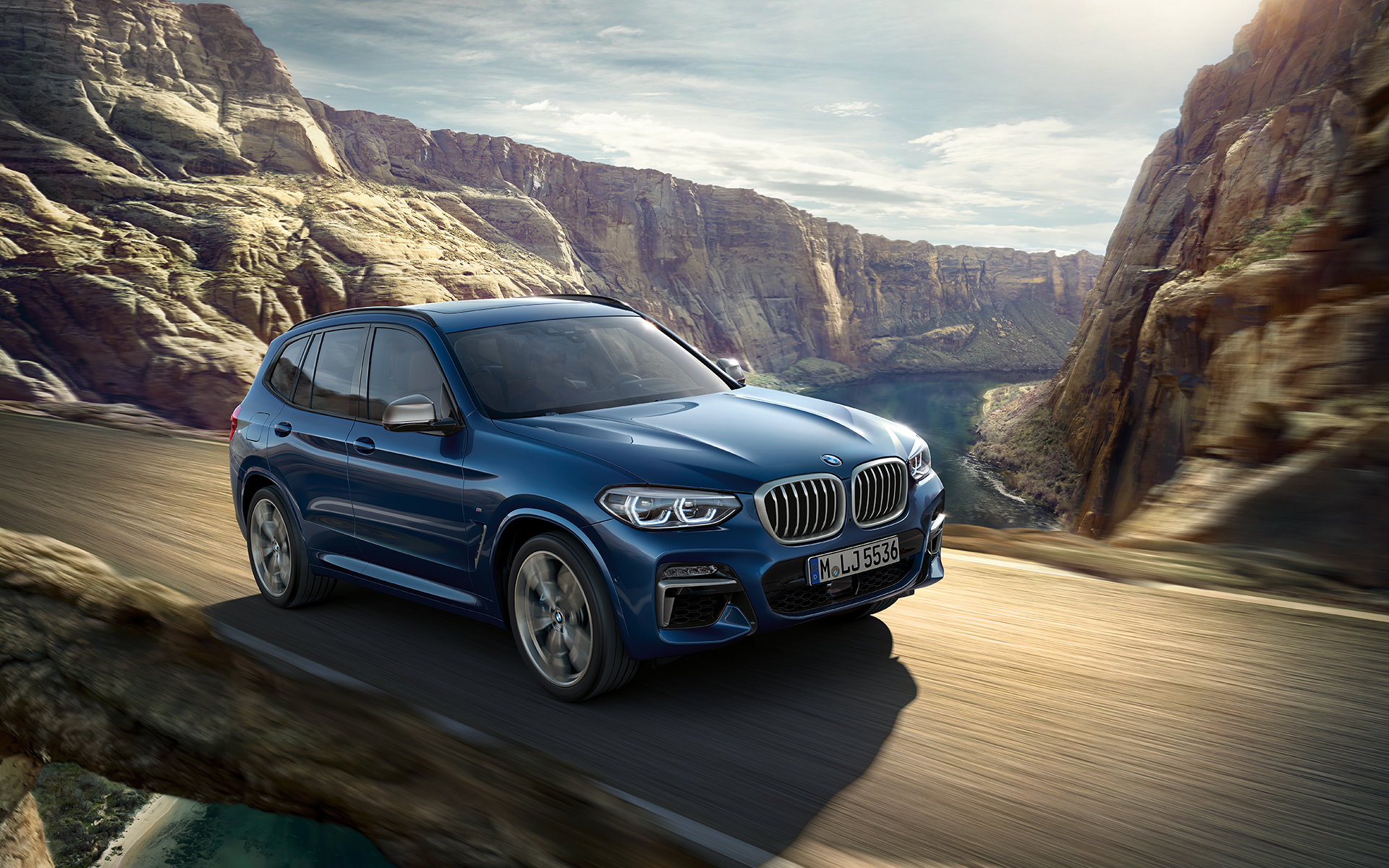 The X3u0027s U201cthree Dmensionalu201d Kidney Grille And Gfoglamps Feature A Hexagonal  Design, Which Is A First For A BMW X Model.