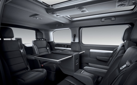 Peugeot-Traveller-2017-1600-0d