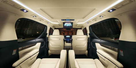 carlineup_alphard_interior_top_features_01-02