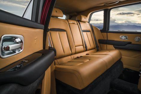 Rolls-Royce-Cullinan-13-1