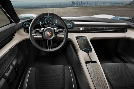 2015-PorscheMissionE-07