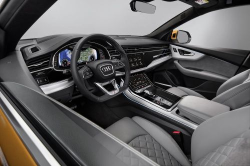 Audi-Q8-20