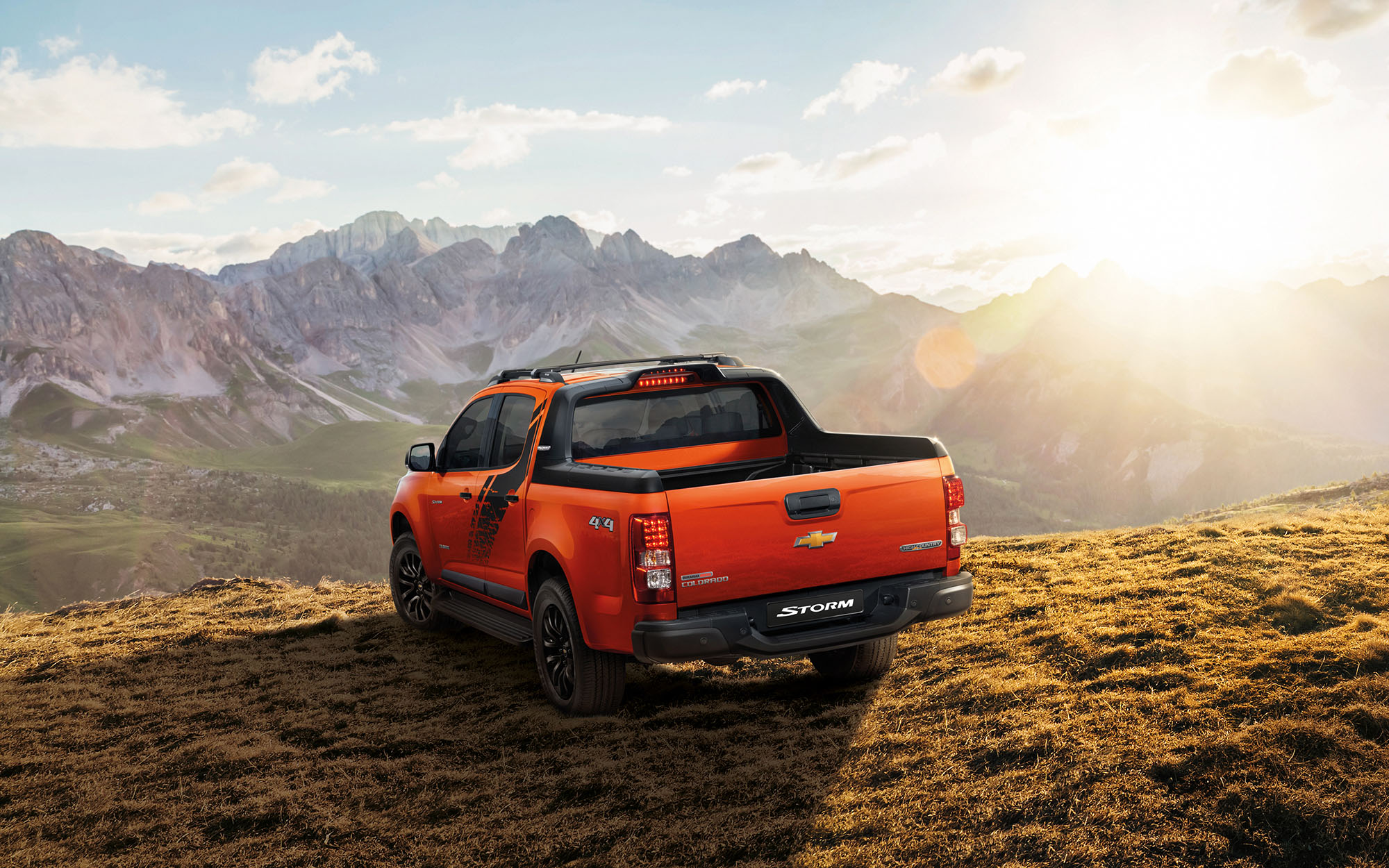 The New Chevrolet Colorado High Country Storm Combines Luxury And