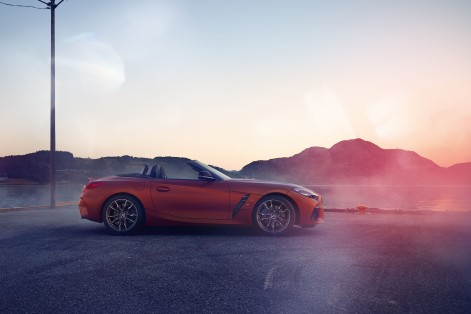 P90317028_highRes_the-new-bmw-z4-roads
