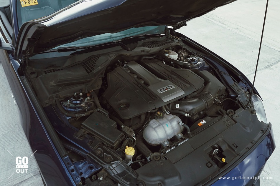 2019 Ford Mustang GT Convertible Engine