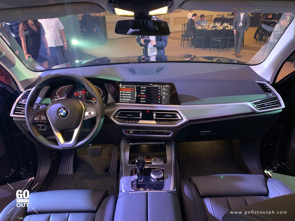 2019 BMW X5 xDrive30d X Line Interior