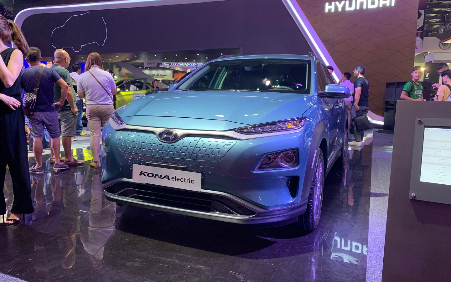 2019 MIAS: Hyundai Kona Electric Is The First Electric SUV To Go On Sale In The Philippines