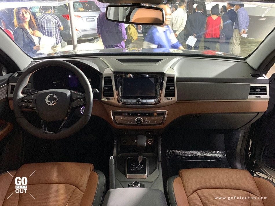 2020 SsangYong Musso Grand 4x4 Interior