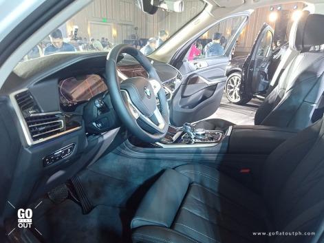 2020 BMW X7 xDrive30d Interior