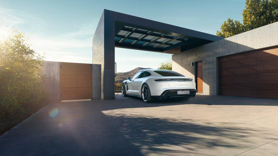2020 Porsche Taycan Turbo S Exterior