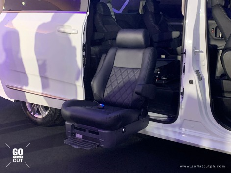 Maxus G10 Assist programmable swivel lifting seat