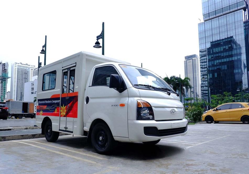 Hyundai H-100 Class 1 Modern Jeepney