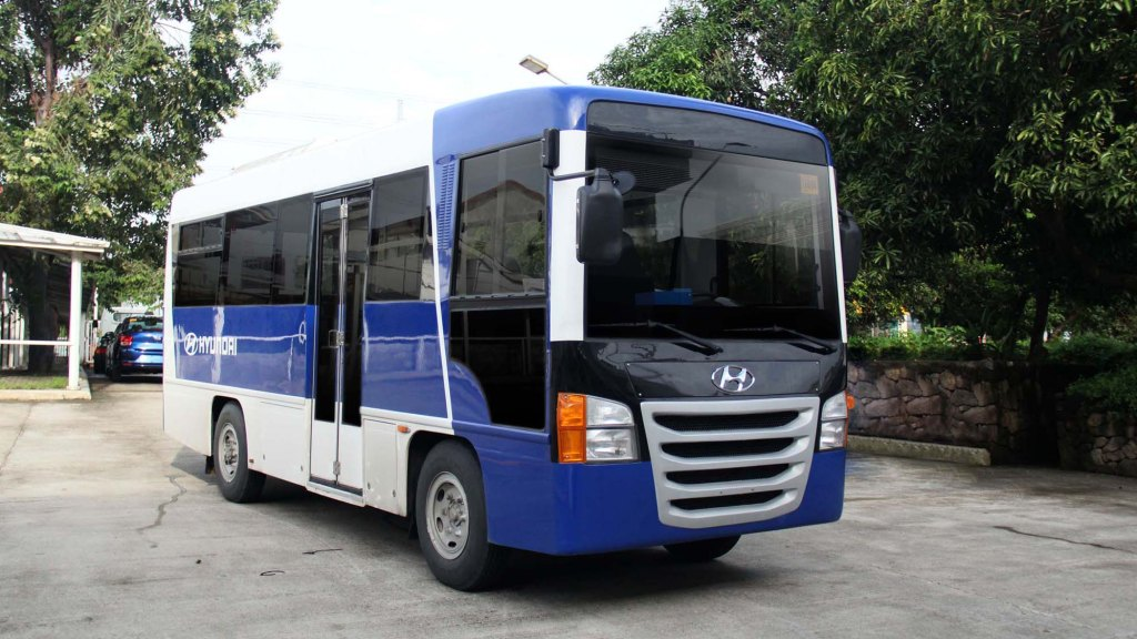 Hyundai's Modern Jeepneys Receive DOTR Certification