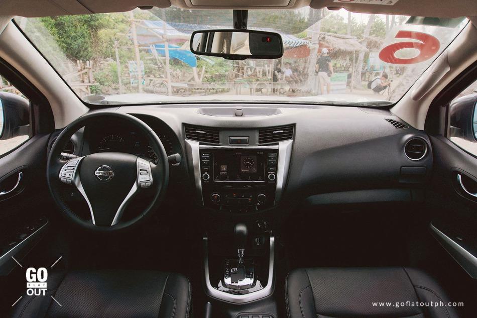 2020 Nissan Navara 4x4 VL Interior