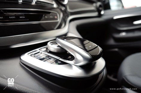 2020 Mercedes-Benz V 220d Interior