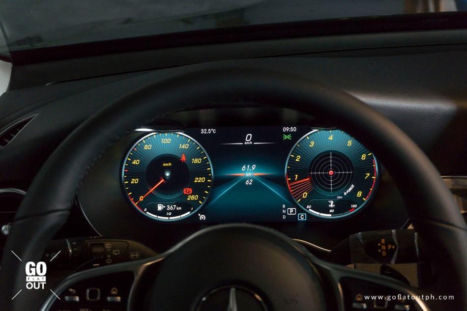 2020 Mercedes-Benz GLC 200 Digital Gauges