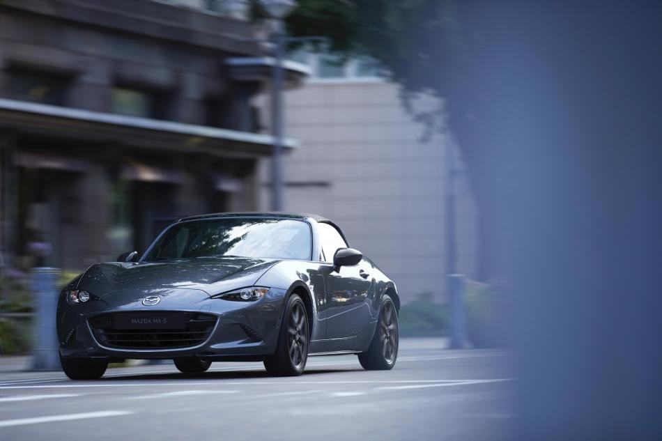 2020 Mazda MX-5 Soft Top AT